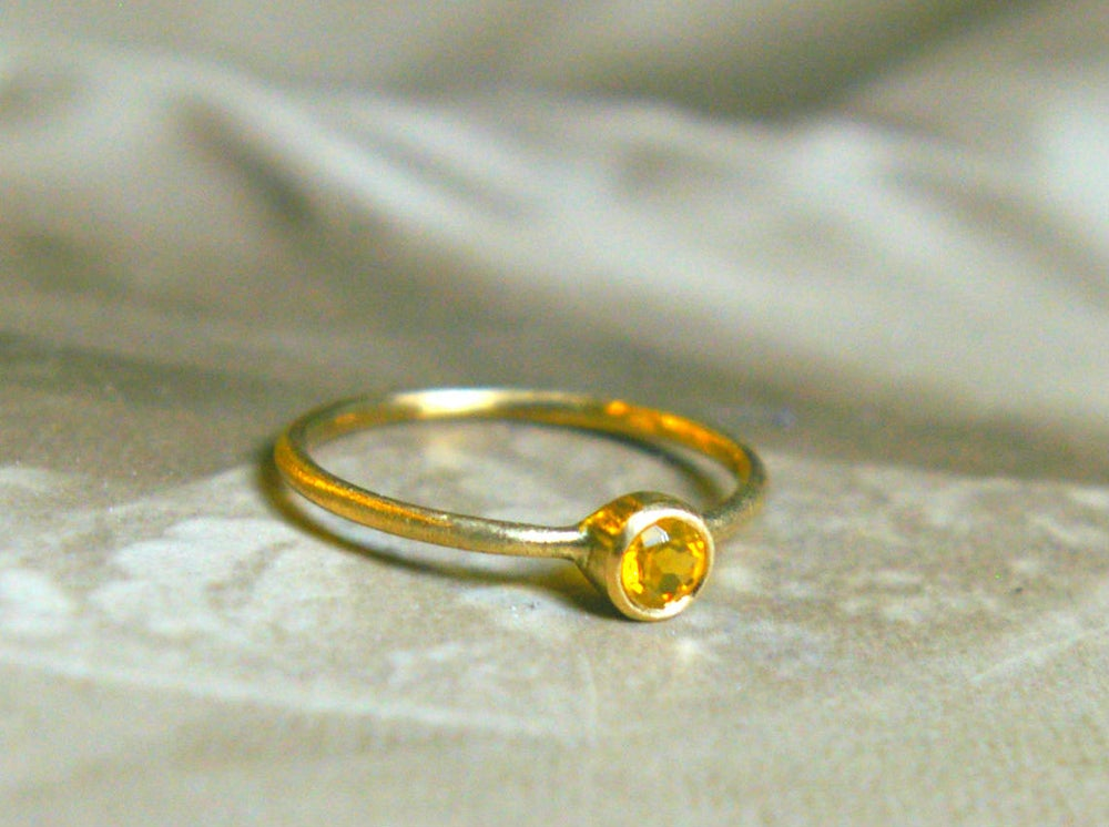 Image of honey tear drop