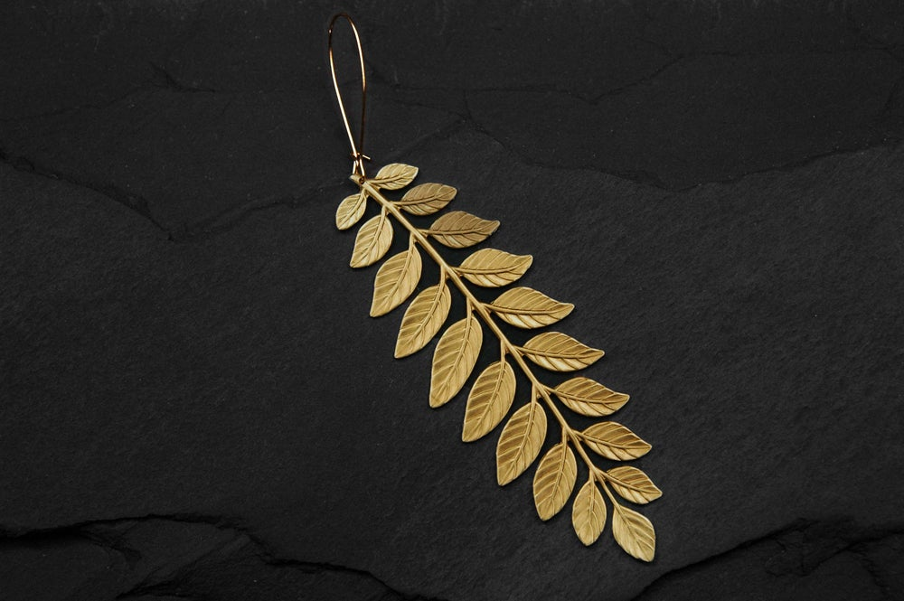 Image of Fern earring in brass