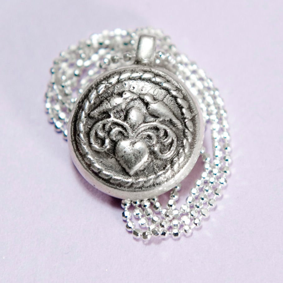 Image of Love Birds Necklace