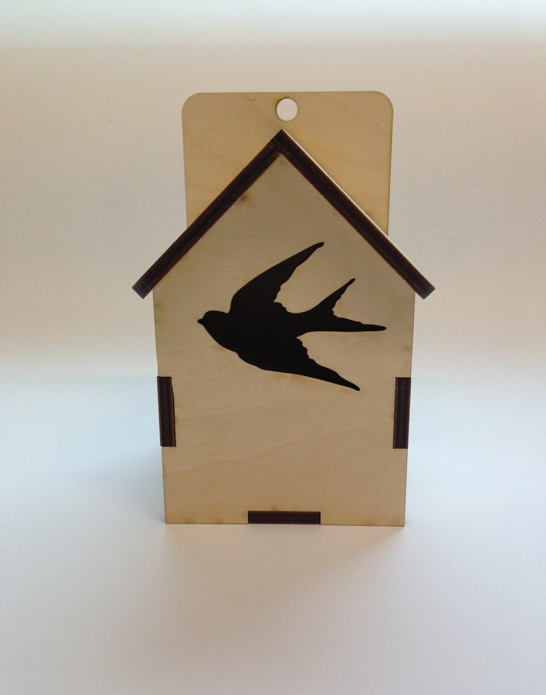Image of Swallow Birdy Box