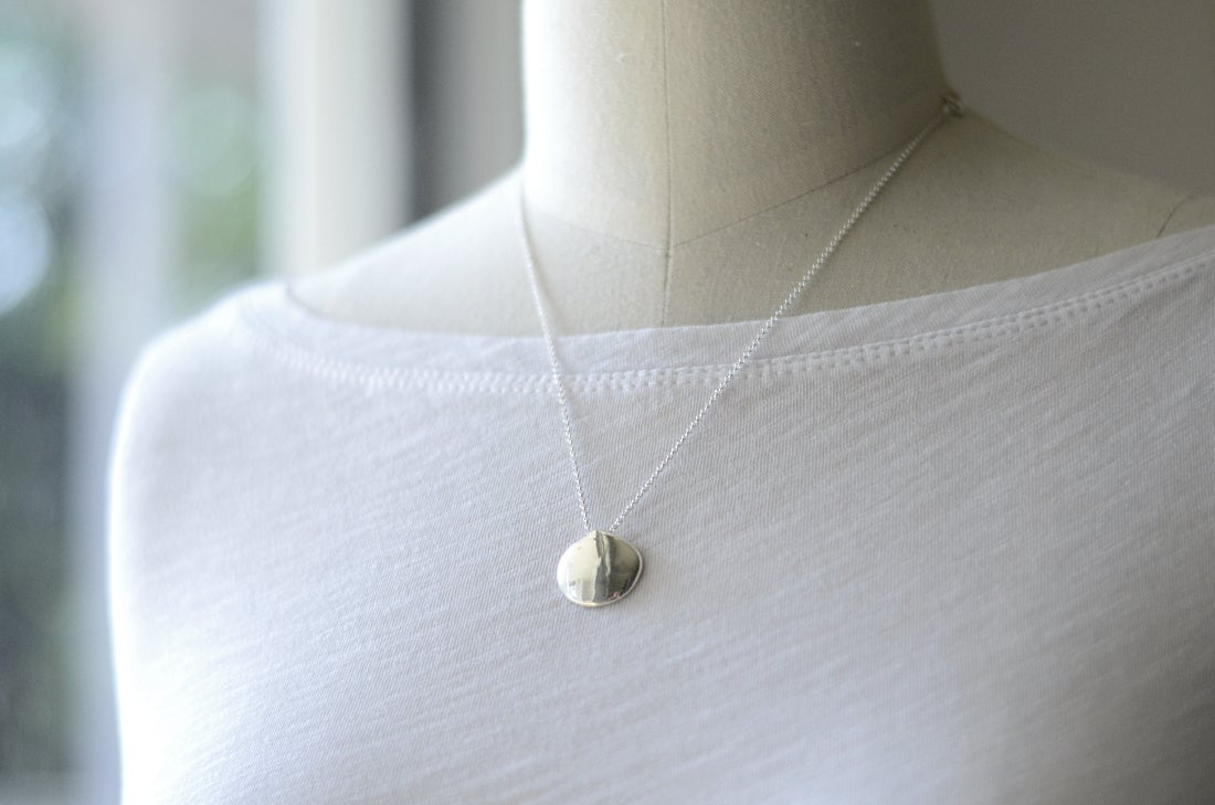 Image of Clam Shell Necklace Silver