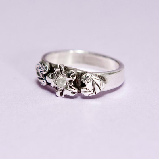 Image of Flower Ring