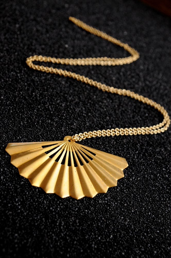 Image of Fan necklace in brass