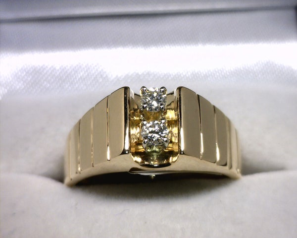 Image of 14K Yellow Gold Men's Diamond Ring (.20CT)