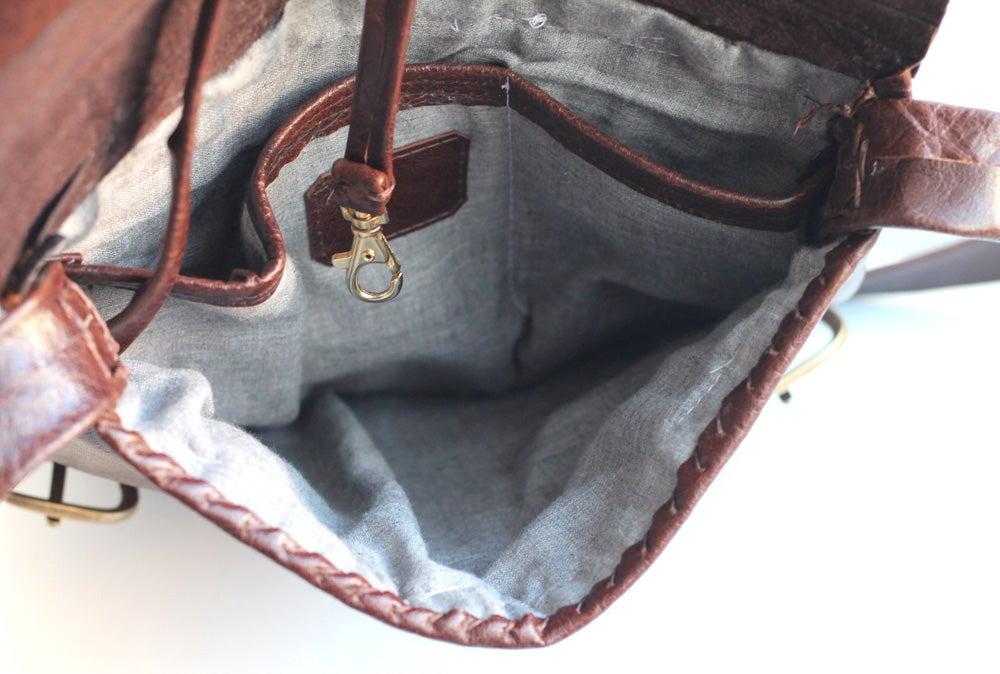 Image of Ore Atata messenger bag