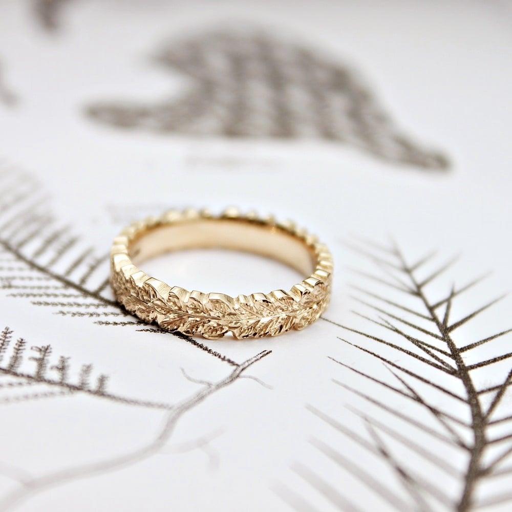 Oak Leaf Carved Ring