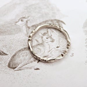 Image of platinum 2.5mm floral carved
