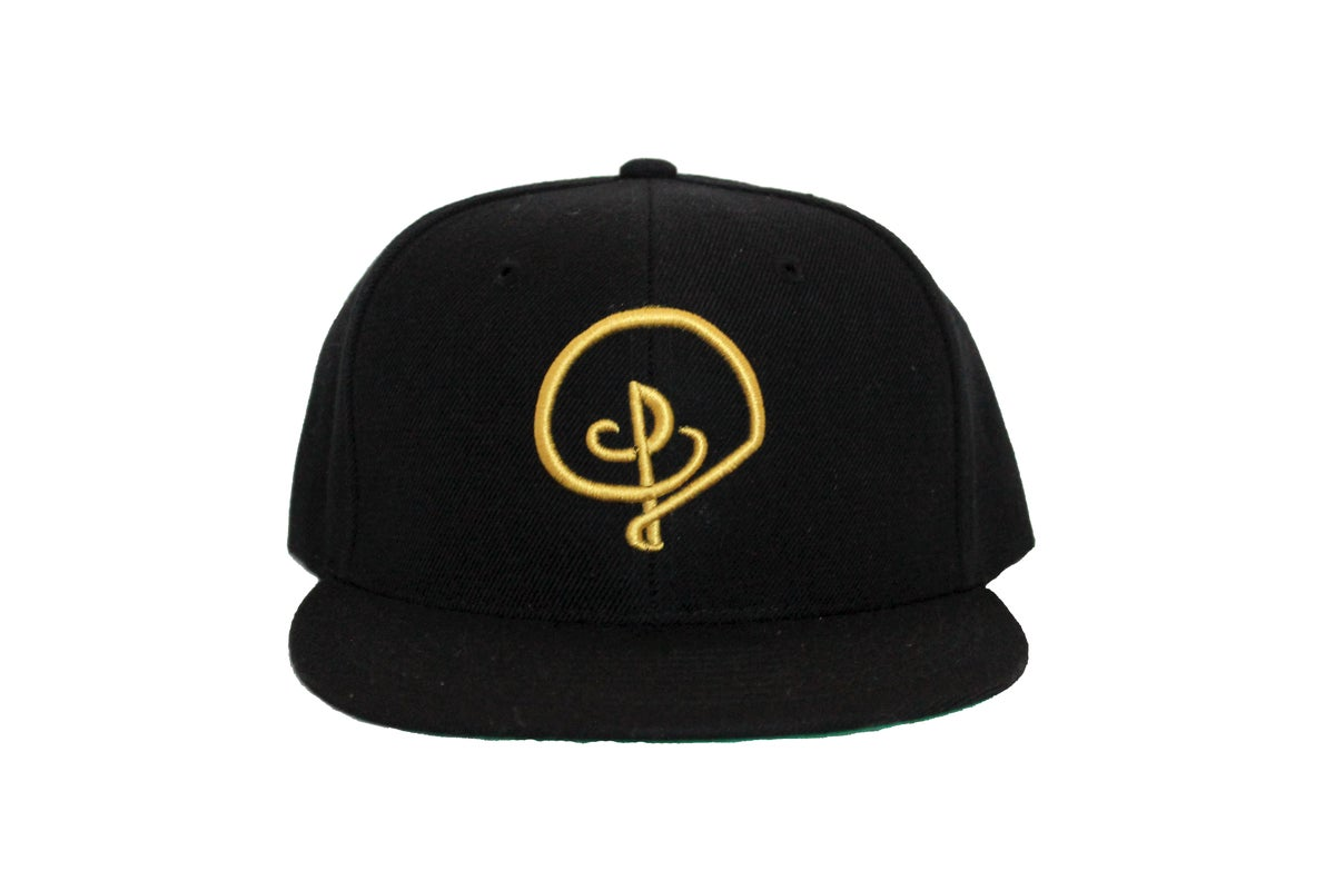 Image of GOLD D LOGO SNAPBACK