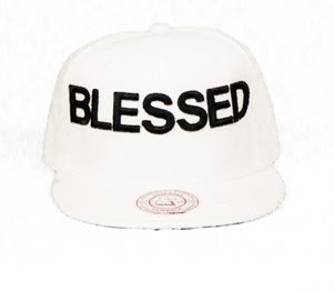 Image of BLESSED SNAPBACK WHITE/BLACK