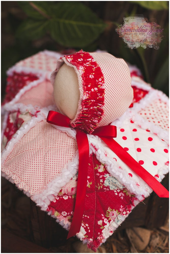 Image of Shaggy Rag Quilt - Ruby Reds