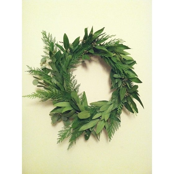 Image of wreath one.