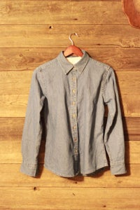 Image of Womans Denim Button-up