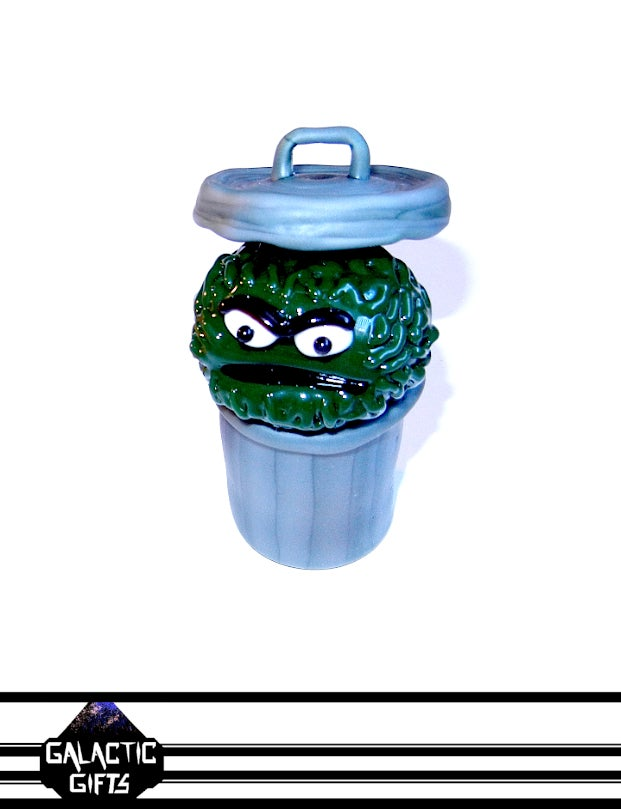 Image of Rob Morrison Oscar The Grouch Glass Sculpture Collector Set