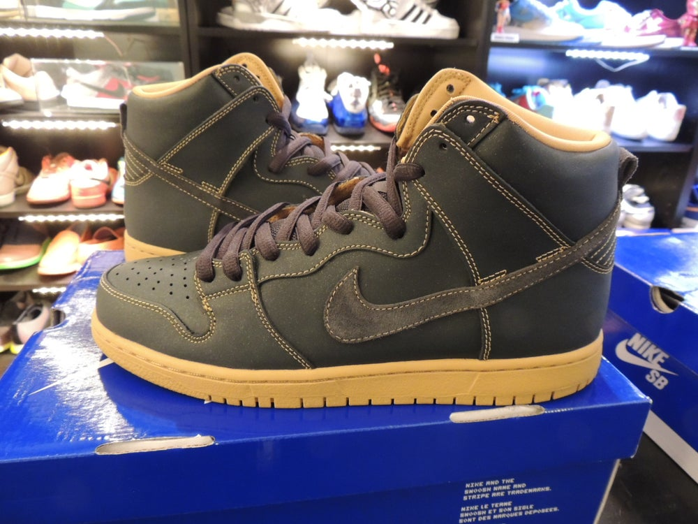 "Image of Nike SB Dunk High ""Golden Straw"" SZ9.5 US"