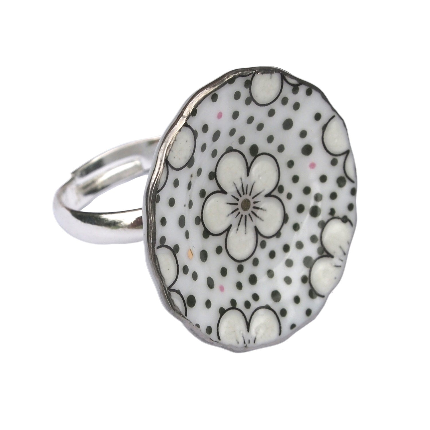 Image of silver spotty ring