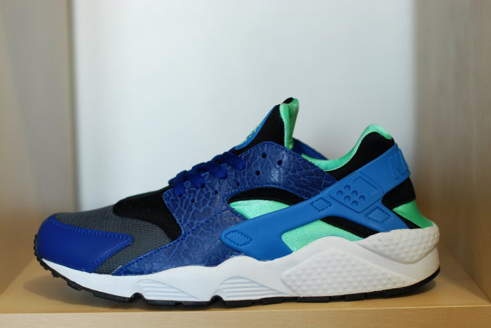 sale retailer a7905 726d8 Image of Nike Huarache LE - Royal Blue Grey Geen ...