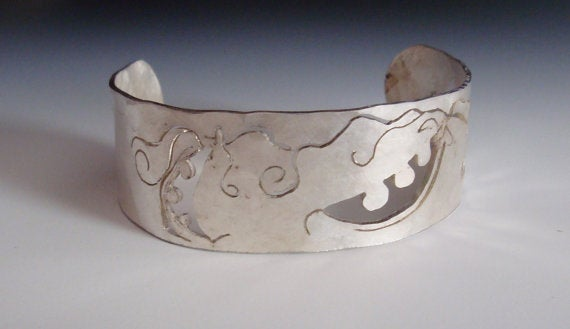 Image of Botanical Sterling Silver Sugar Snap Pea Cuff Bracelet