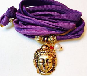 "Image of elastisches Seidenarmband ""Silky Buddha"""