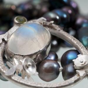 Image of Botanical Oregon Series: Pebble Stream Pearl Necklace