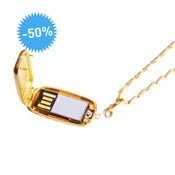 Mini-Médaillon USB - Emily Rothschild