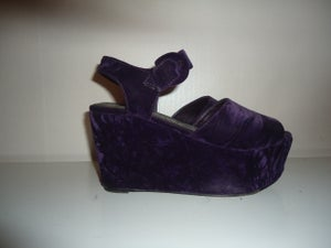 Image of PURPLE VELEVET FLATFORMS //37-38