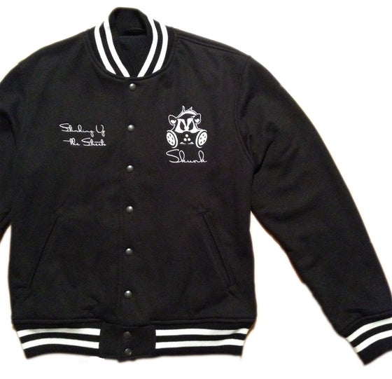 Image of Skunk Letterman | Black
