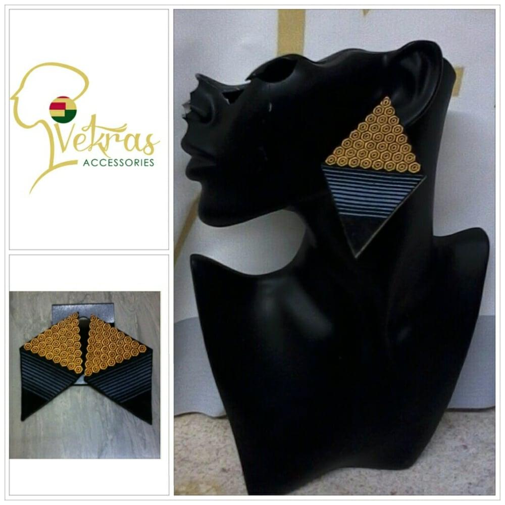 Image of Vekras Diamond Earrings