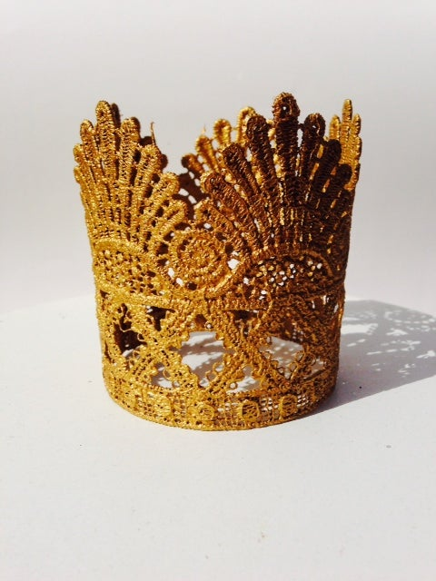 Image of Majestic Lace Crown