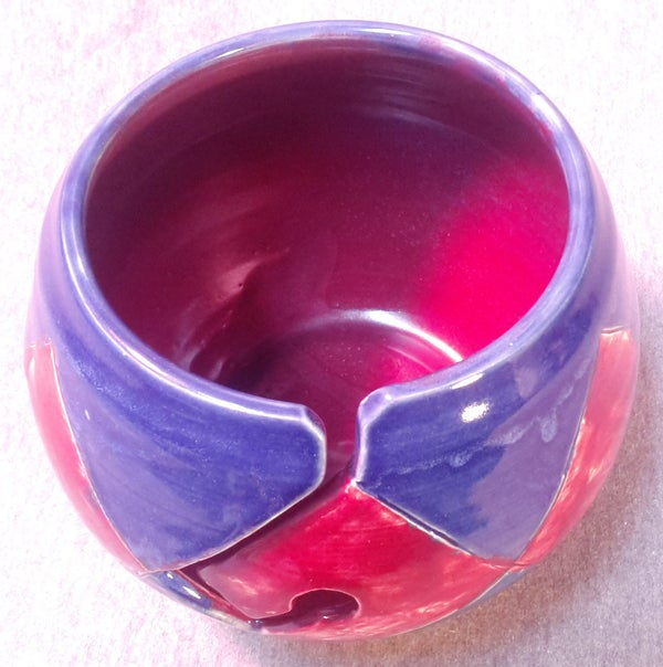 Image of Argyle Yarn Bowl: Red and Blue