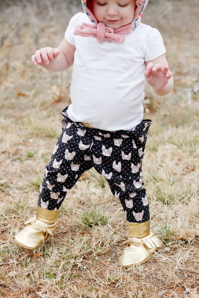 Image of the TRIANGLE pants 18M to 8 PDF pattern