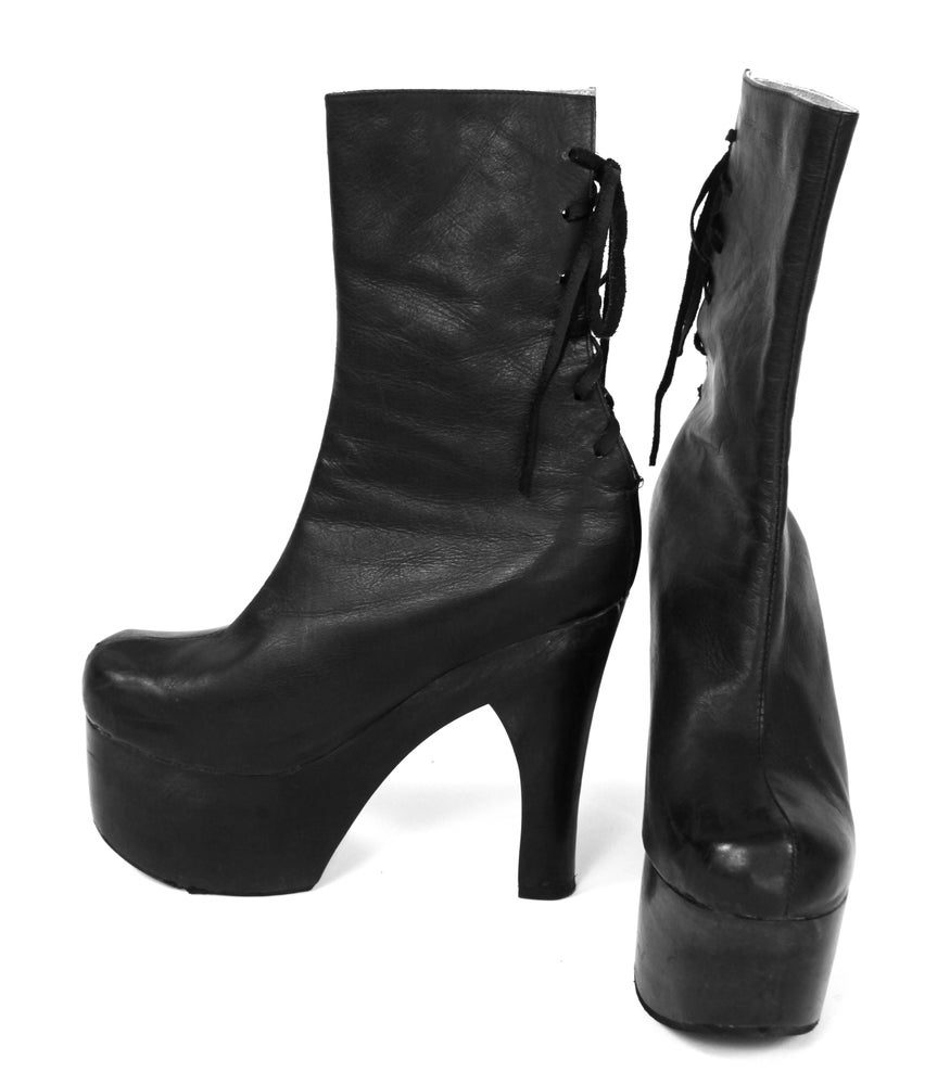 Image of London Platform Boot Jet Black