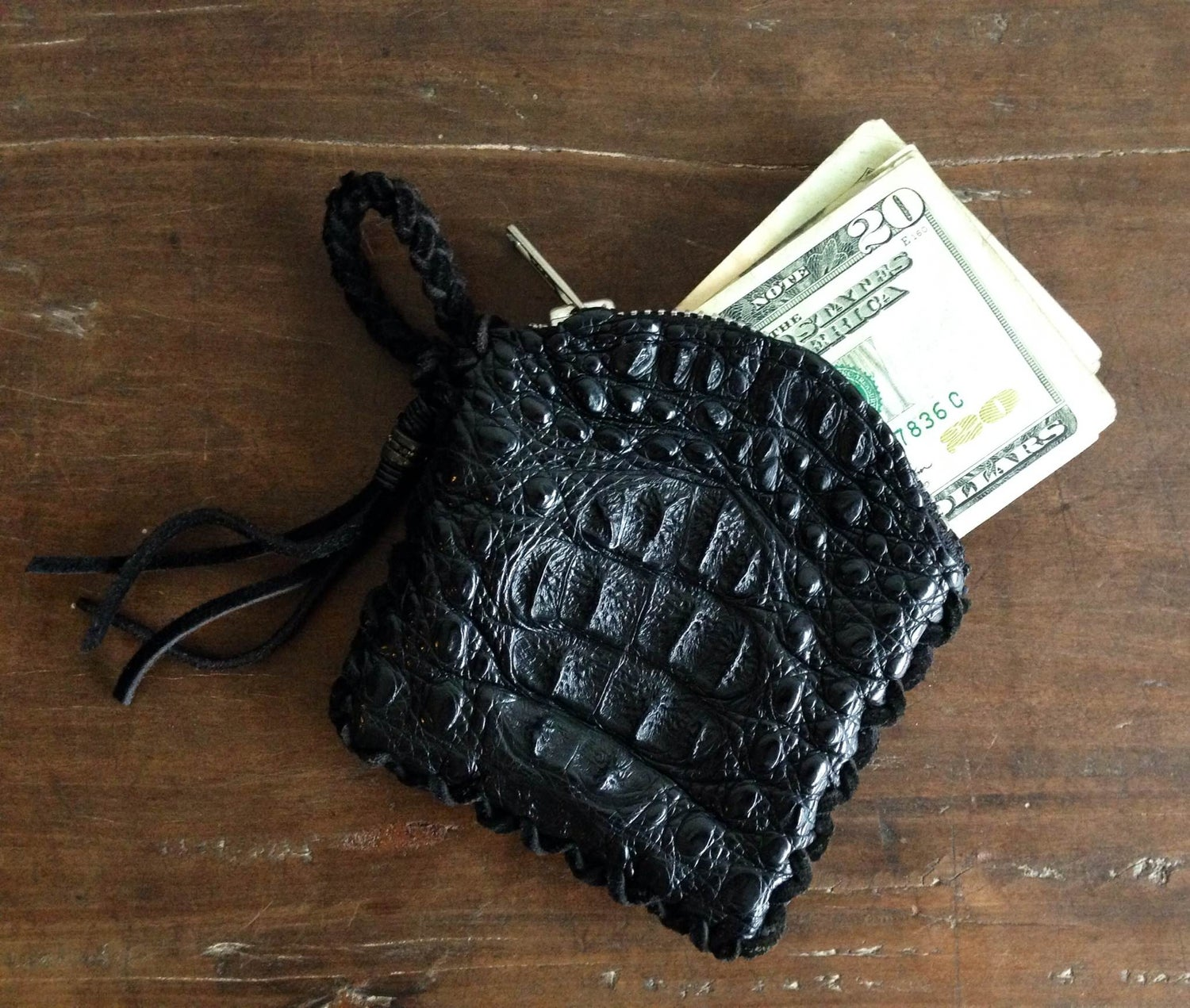 Image of KUSTOM WALLET CAIMAN