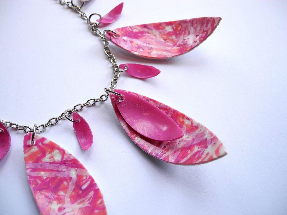 Image of Triple Leaf Necklace