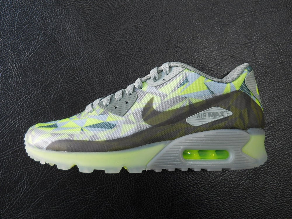 ShoeFax Nike Air Max 90 ICE Volt
