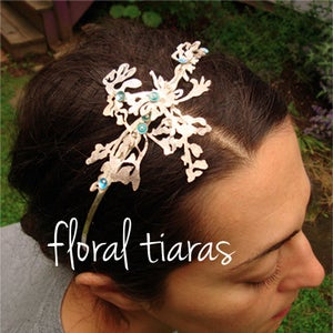 Image of Kiss Wedding Tiara