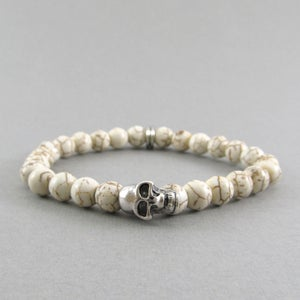 Image of White howlite and skull beaded bracelet