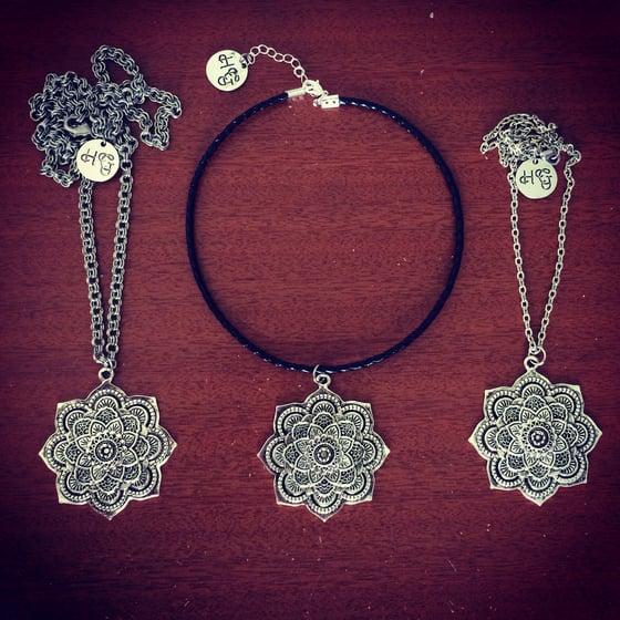 Image of Statement mandala necklace & choker