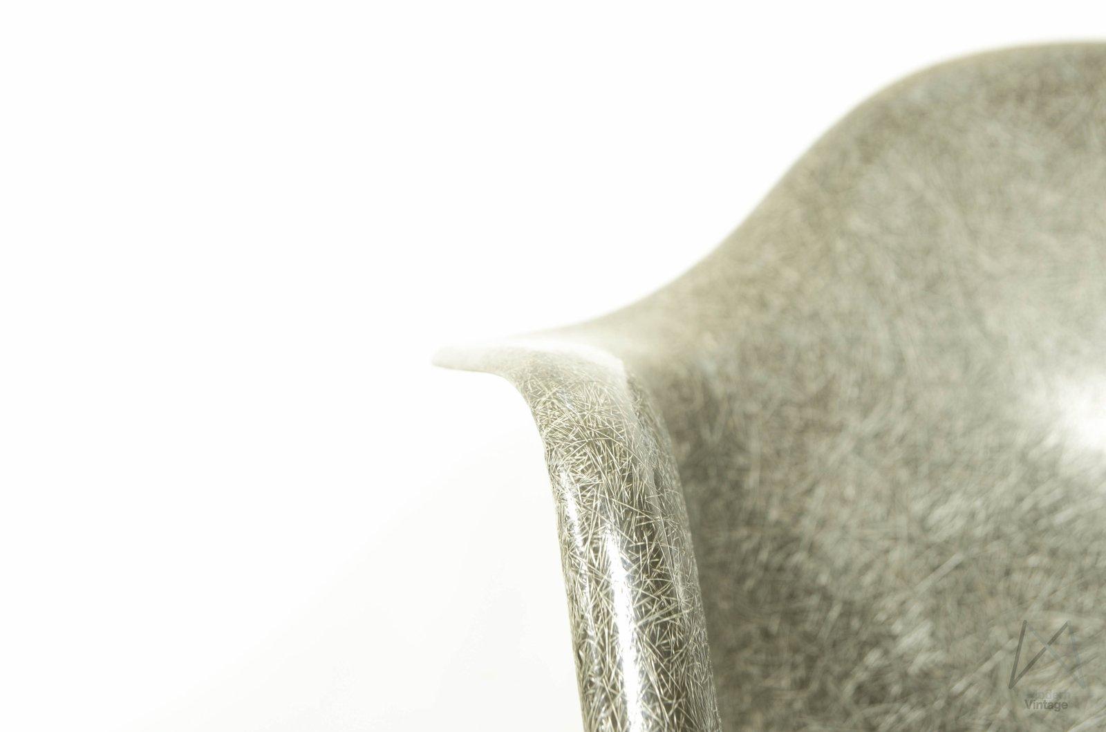 Eames Rar Stoel : Schommelstoel eames replica