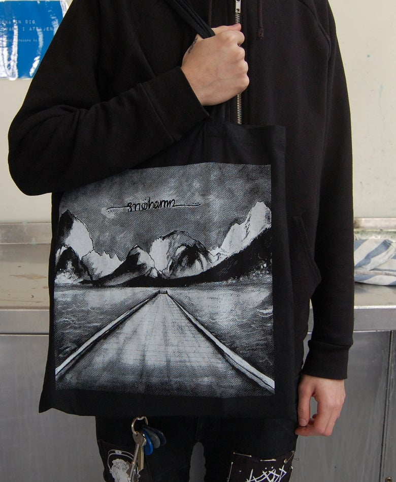 Image of Snöhamn black totebag