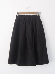 Image of 3 pleat skirt black linen silk