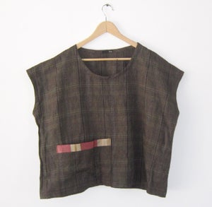 Image of Tee with sari detail