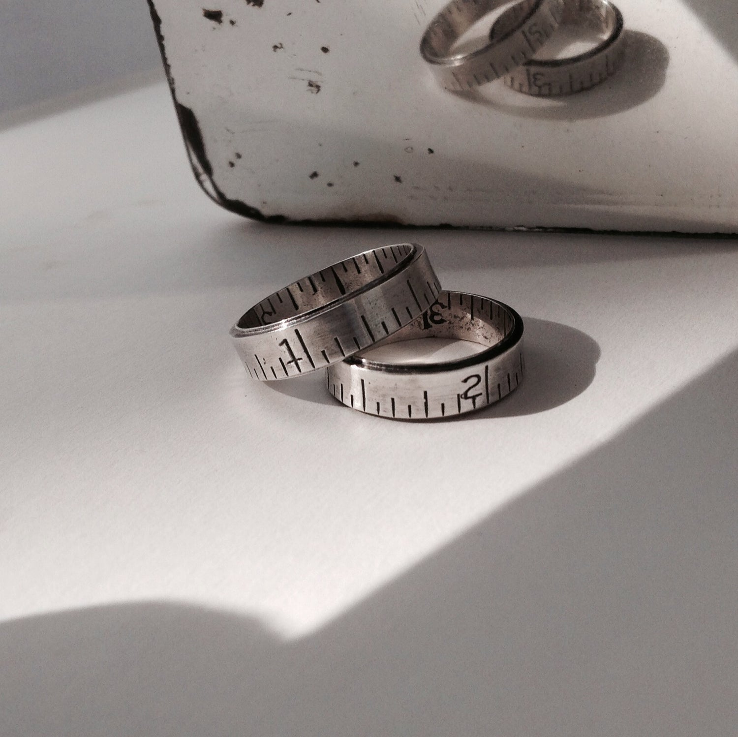 Image of Narrow ruler ring