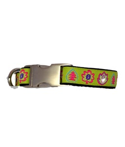 Image of Leaves - Dog Collar in the category  on Uncommon Paws.