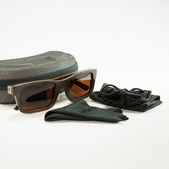 Image of Fame Bamboo Sunglasses