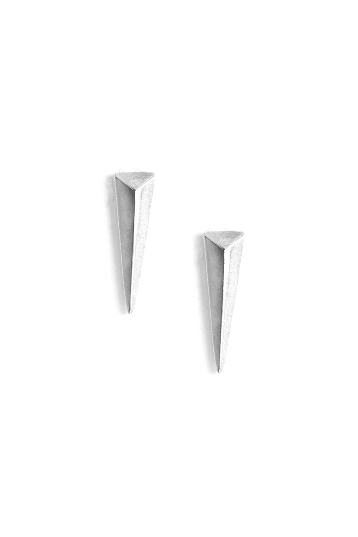 Image of SABER STUDS - MEDIUM - SILVER