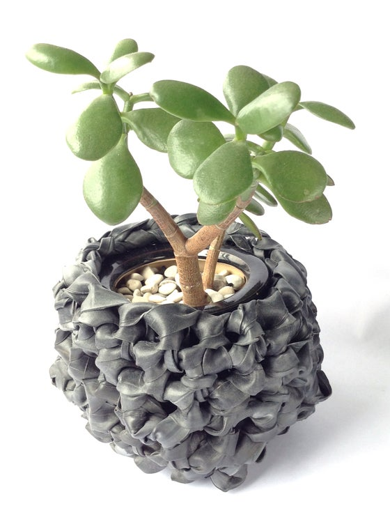 Image of Rubber basket planter