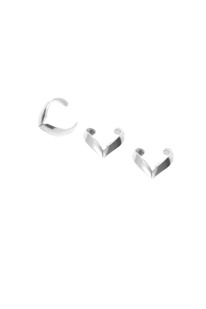 Image of CUTLASS EARCUFFS - SILVER