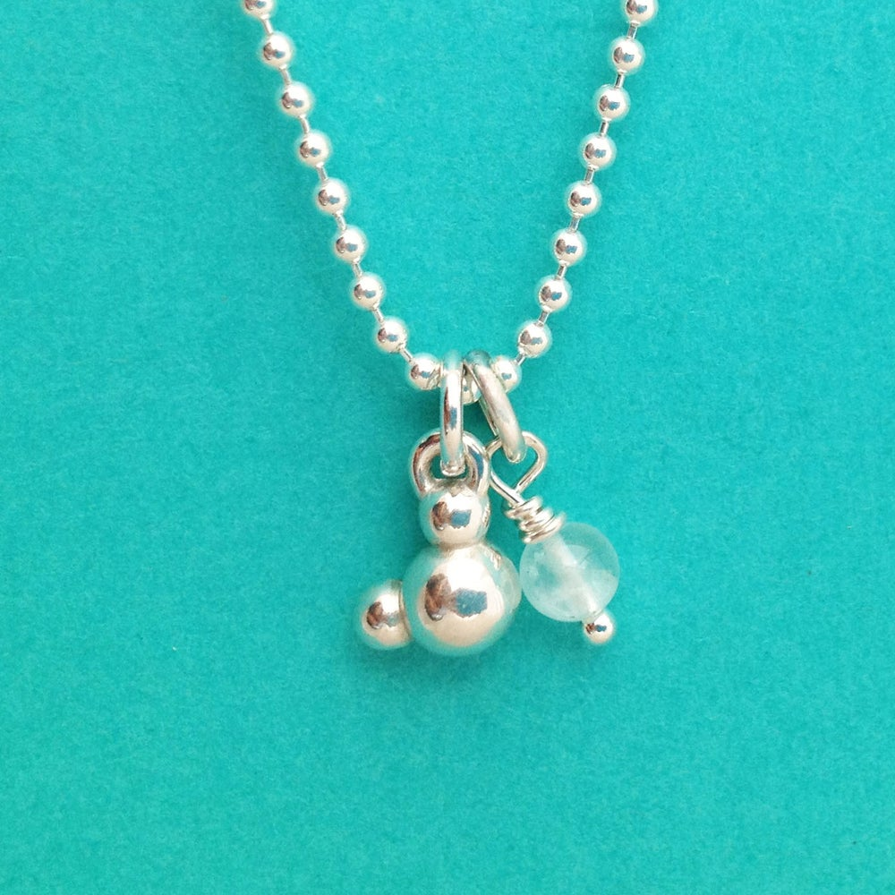 Image of water necklace
