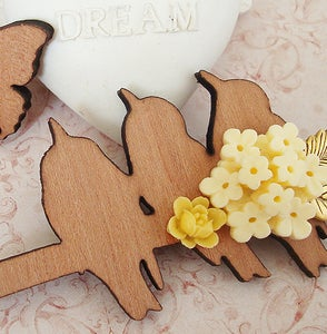 Image of Summer Song chain brooch/collar pin