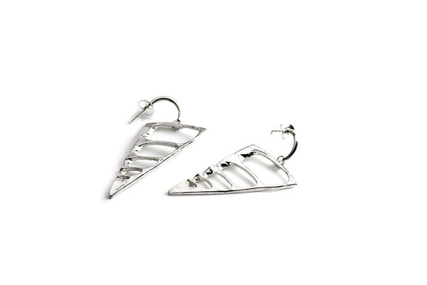 Image of Half Vetebrado earrings